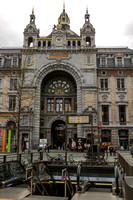 Antwerp, Train Station V130-9734