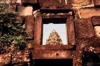 Angkor, Bakong Temple, Window S -8902