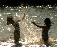 Hahei, Cathedral Cove, Girls in Water0732600a