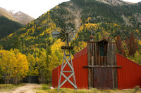 Independence Pass Rd, Barn0741088a