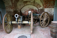 Ft Pulaski NM, Cannons0410342